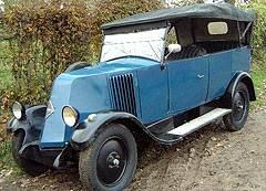 Легко узнаваемый по своему необычному «носу», Renault NN известен своим путешествием через Сахару.